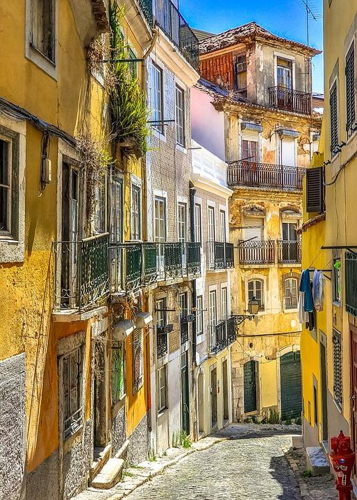 Read more about the article PORTUGALIA 18 – 23 marca, 25 – 30 kwietnia 2022 3 300 zł + 90 euro